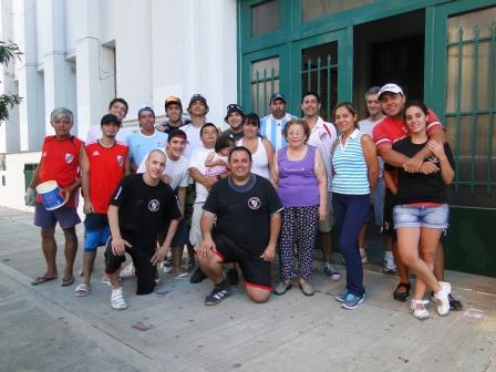 La Filial San Isidro de River Plate pintó una escuela
