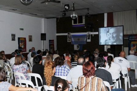 Cine móvil y jornada política del PJ en Rincón