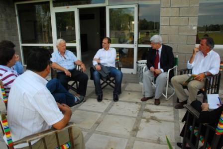 Andreotti visitó  instituciones educativas de Virreyes