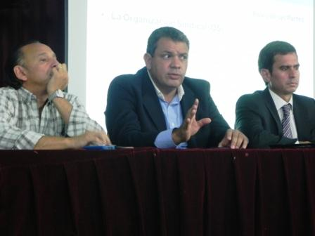 Gustavo Aguilera, presidente del Instituto de la Vivienda de la Provincia de Buenos Aires, brindó una charla informativa sobre Nación Fideicomisos