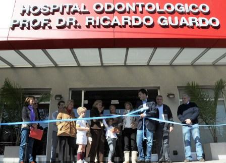 Massa inauguró el nuevo Hospital Odontológico de Tigre