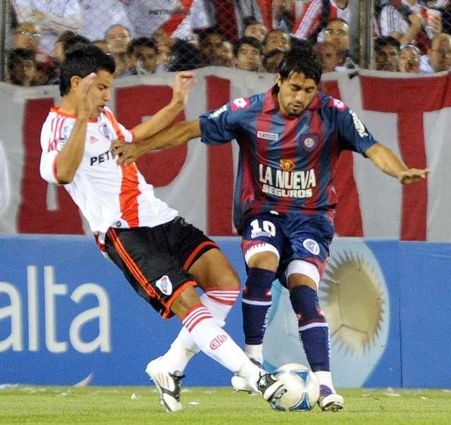 River fue más ambicioso y efectivo, le gano a San Lorenzo y será el rival de Racing en semifinales