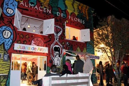 Noche de arte en el Boulevard Sáenz Peña de Tigre