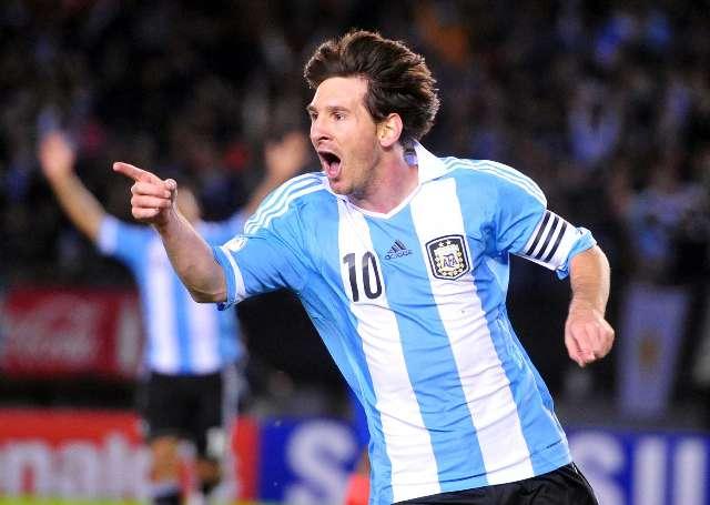 Nació Thiago, el hijo de Messi, y revolucionó a Barcelona