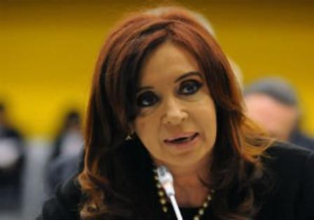 """La Presidenta pidió """"una hazaña al mundo civilizado"""" para que se devuelvan las islas Malvinas"""