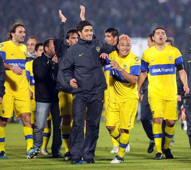 Boca ante Corinthians en la primera final en la Bombonera