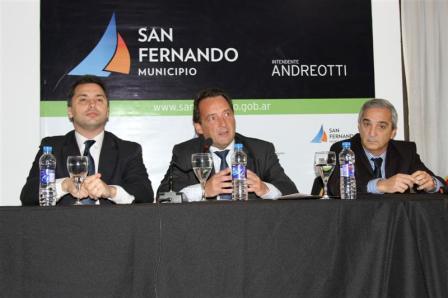 Alejandre, Costa y Santero presentaron el proyecto de Ley de Educación para la Salud en San Fernando.