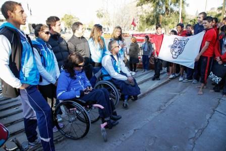 El intendente de Tigre, Sergio Massa, recibió en el distrito a los remeros que formarán parte de la cita olímpica