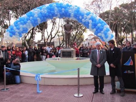 San Fernando festejó el día de la Independencia con la inauguración de la plaza Dorrego
