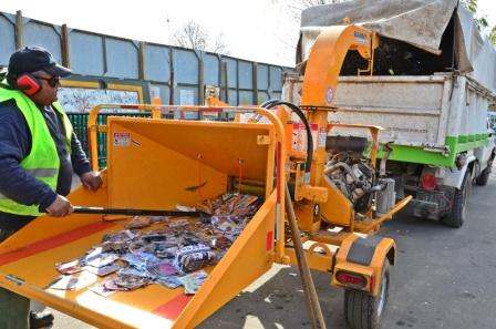 Se destruyeron 70.000 copias de CD y DVD turchos secuestrados en centro comerciales de San Fernando