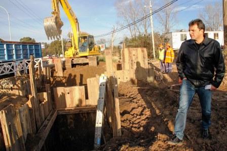 Massa recorrió avances de obras en Tigre