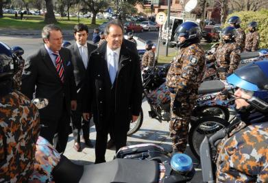 El gobernador Daniel Scioli anunció hoy un plan de seguridad para prevenir delitos en inmediaciones bancarias