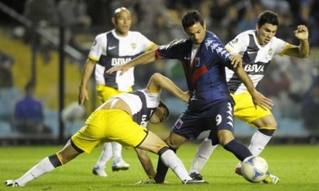 Dos remates certeros le alcanzaron a Boca para vencer a Tigre