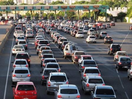 Allanaron las oficinas de las concesionarias de la autopista Panamericana y Acceso Oeste