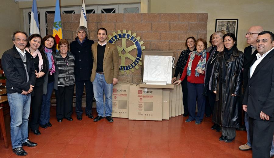 El Rotary Club de Victoria donó calefactores para los Hospitales de Islas de San Fernando
