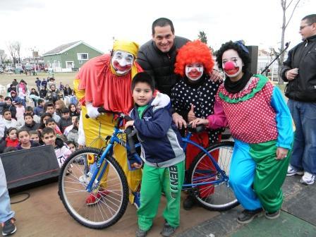Emotivo y  multitudinario festejo del Día del Niño de Renacer de San Isidro en Boulogne