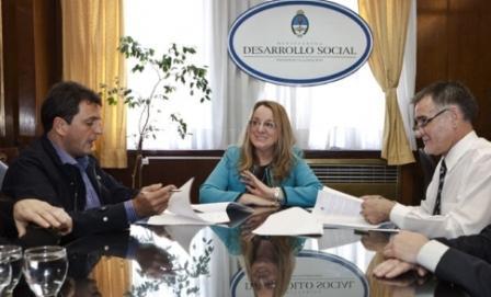 Alicia Kirchner recibió a Sergio Massa para ampliar el convenio de cooperación con municipio de Tigre