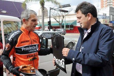 Carlos Batista, de 65 años y vecino de Tigre planea realizar el trayecto, en bicicleta