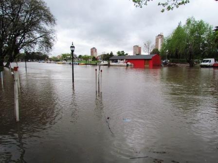 Alerta por crecida del Río de la Plata por sudestada