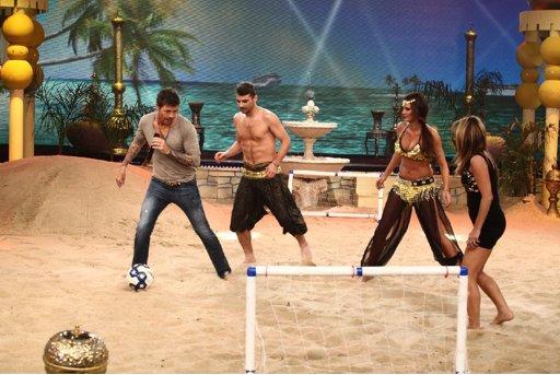 Marcelo Tinelli desafió a Paula Chaves y Pedro Alfonso a un divertido partido de fútbol