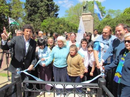 El intendente de San Isidro, Gustavo Posse, presidió la inauguración de un sector de la Plaza Pueyrredón Acassuso