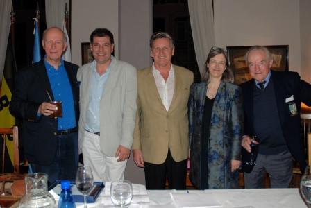 Con la presencia del Embajador del Reino Unido, John Freeman, el TBC organizó una cena en su tradicional sede para celebrar un nuevo cumpleaños