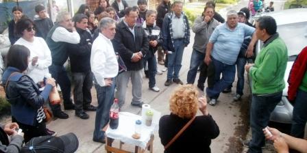 Aguilera festejó el día de la lealtad con militantes en el barrio presidente Perón