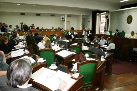 Concejales de Vicente López repudiaron la agresión física contra la funcionaria Verónica Barbieri