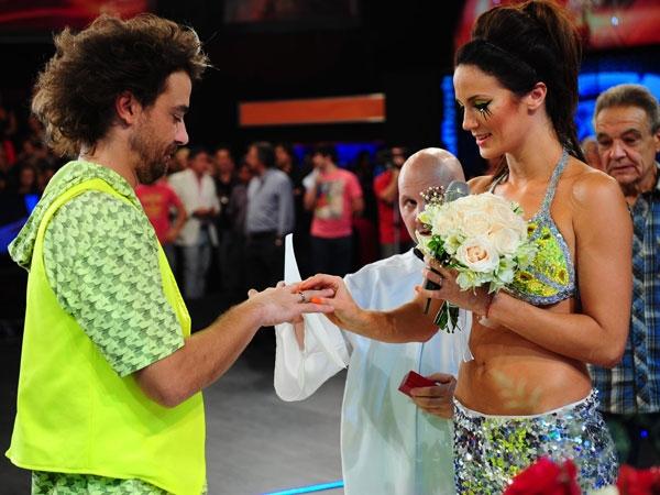 Peter Alfonso y Paula Chaves se casaron en vivo