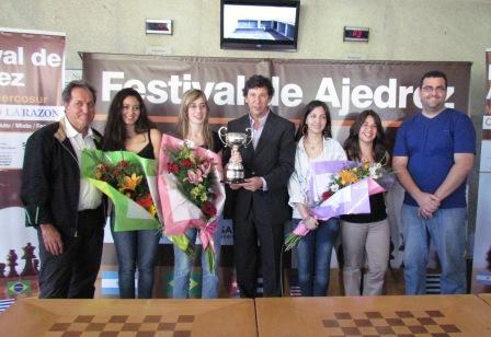 Mauricio Macri, Gustavo Posse y Jorge Macri participaron de la final de la copa Mercosur de Ajedrez