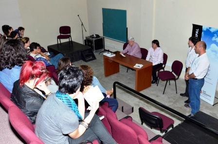 Luis Andreotti presenció el cierre de las charlas informativas en el Centro Universitario Municipal