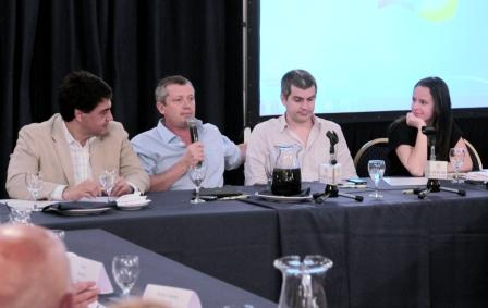 Los dirigentes Jorge Macri, Emilio Monzó, Marcos Peña y Soledad Martínez durante el plenario del macrismo bonaerense celebrado hoy