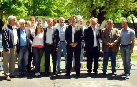 Massa junto a intendentes de la Provincia contra la droga en Olavarria