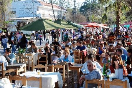 Feria Navideña en Dique Luján y Villa La Ñata