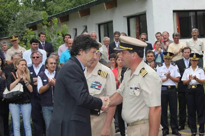 Posse saluda a Gaggiolo, el nuevo jefe de la Prefectura