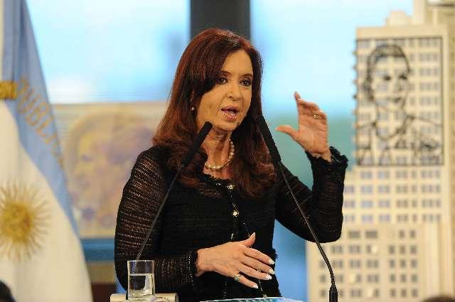 """Cristina Fernández: """"tenemos derecho a que los jueces nos defiendan"""""""