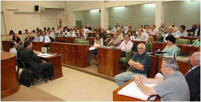 Aprobaron el presupuesto municipal para el 2013 en San Isidro