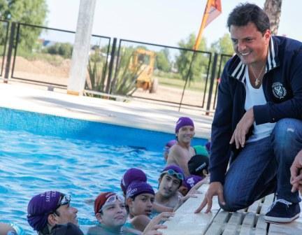 El intendente de Tigre, Sergio Massa, lanzó la temporada 2013 de las actividades que ya se desarrollan en los 15 polideportivos municipales