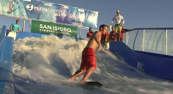 En San Isidro, se disfrutaron deportes acuáticos en una ola artificial gigante
