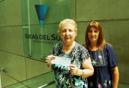 El dinero del premio lo recibió en la productora de Marcelo Tinelli la presidenta del emprendimiento solidario bonaerense, Marta Noemí Pampuri de Vaccarezza.