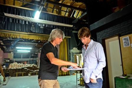 El Secretario de Privada y Coordinación, Juan Andreotti y el Secretario de Obras e Infraestructura Pública, Gastón D´Aquino, recorrieron las obras que se están realizando en el Teatro Martinelli