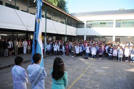 Los chicos de Tigre volvieron a clase, con las escuelas renovadas
