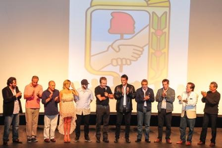 Se realizó en Tigre el pre-estreno de Puerta de Hierro – El exilio de Perón