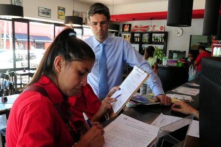 Realizan un operativo Fiscal en el centro comercial de Pacheco