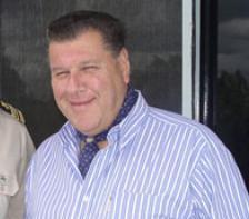 Falleció el empresario Victor Ramaro