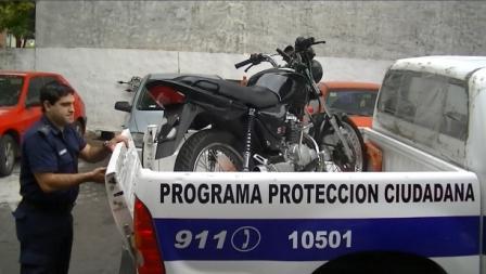 "Promulgan la ley que busca combatir a los ""motochorros"" en municipios bonaerenses"