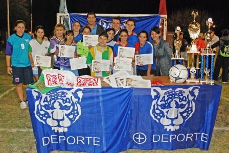 Sigue creciendo el fútbol femenino de Tigre