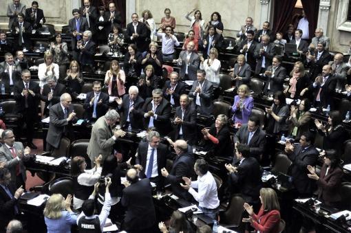 En una sesión caliente, el Kirchnerismo logró aprobar reformas en magistratura y devolvió proyecto al senado