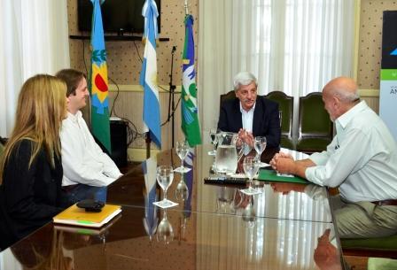 Luis Andreotti recibió a los directivos del colegio BAICA