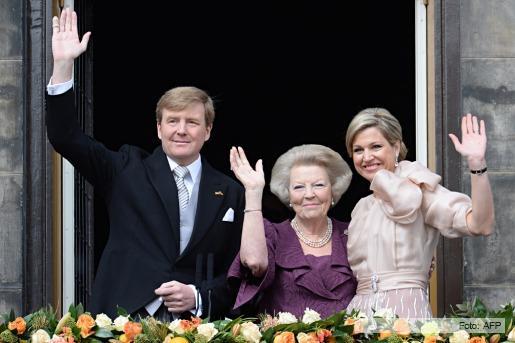 Beatriz abdico en favor de su hijo Guillermo y Máxima Zorreguieta ya es reina consorte de Holanda